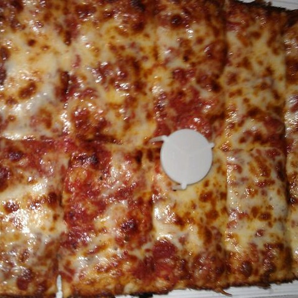 cheese pizza @ Jet's Pizza