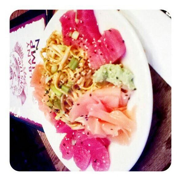 Ahi Tuna Salad @ Albany Pump STATION-CH Evans