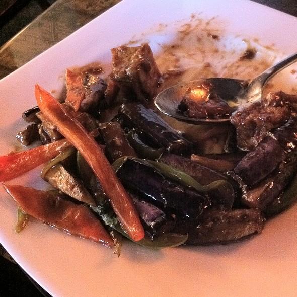 Thai Basil Tofu With Eggplant - J Wongs Thai & Chinese Bistro, Salt Lake City, UT
