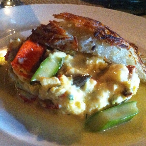 Scrambled Eggs and Lobster @ Le Languedoc Inn & Restaurant
