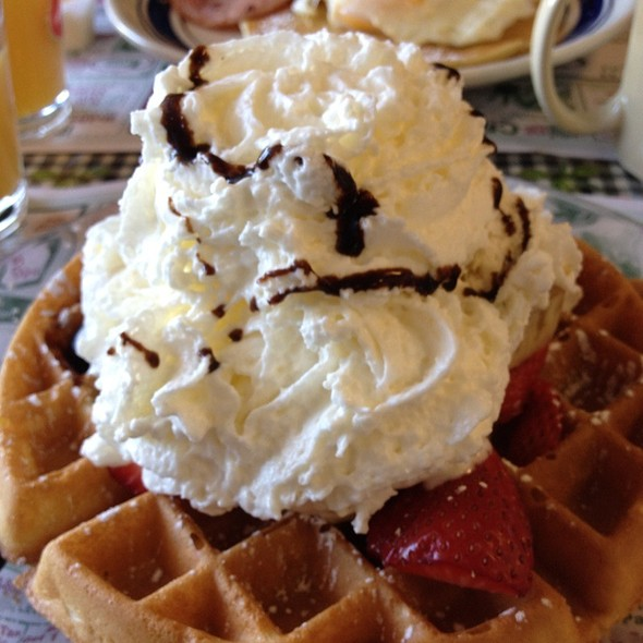 Waffle Supreme @ Granny's Pancake House & Grill