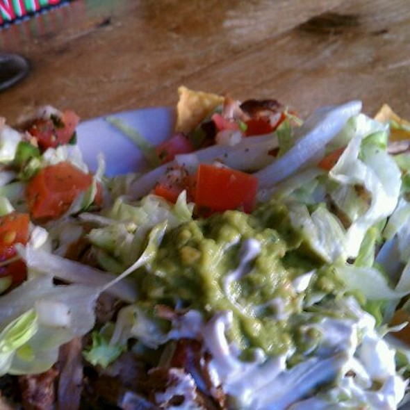 Loaded Nachos @ Lobo