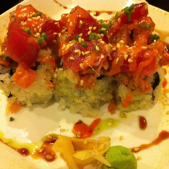 Spicy Tuna Roll @ Sensei Sushi Bar
