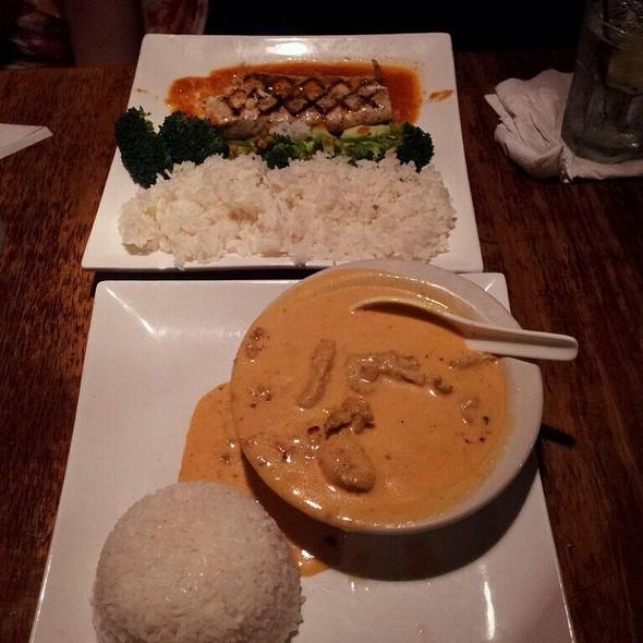 Thai Curry Chicken & Char Grill Mahi Mahi W Citrus Salsa @ Asian Bistro & Grill