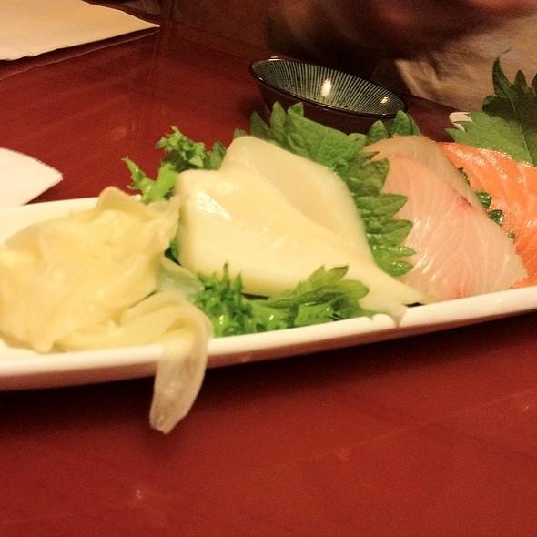 Sashimi @ Oishi Sushi & Grill