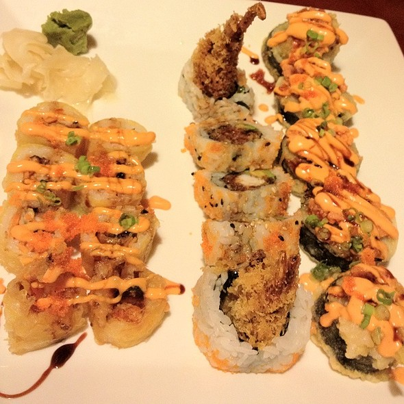 Tomaru Roll, Spider Roll And Volcano Roll @ Oishi Sushi & Grill