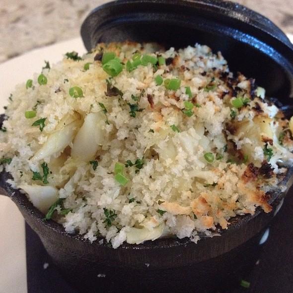 Crab Mac & Cheese - 13moons, Anacortes, WA