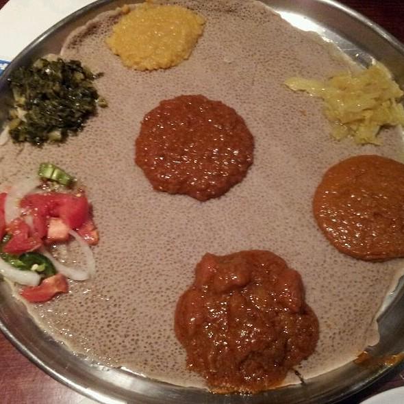 Special Vegetarian Combination @ Etete
