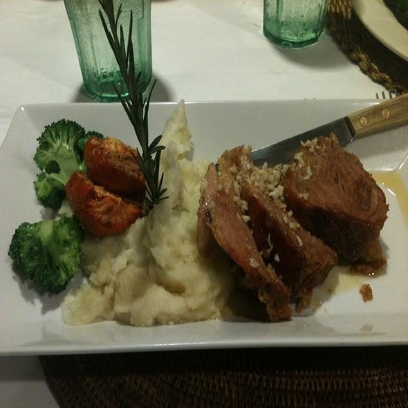 Roast Pork, Mashed Potatoes with Gravy @ Cafe O'Lei Wailuku