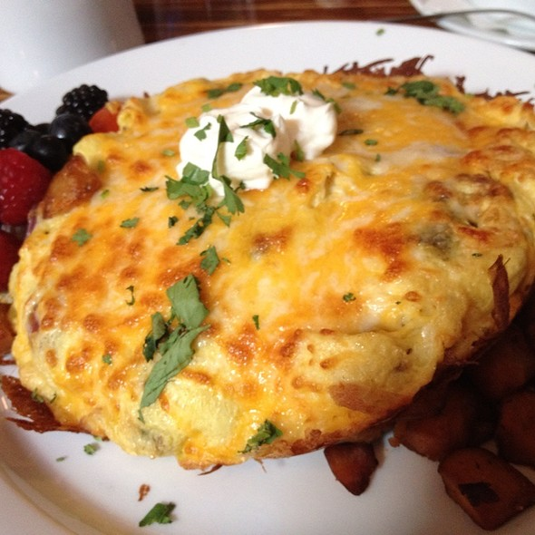 Spanish Fritata @ The Continental Westhampton