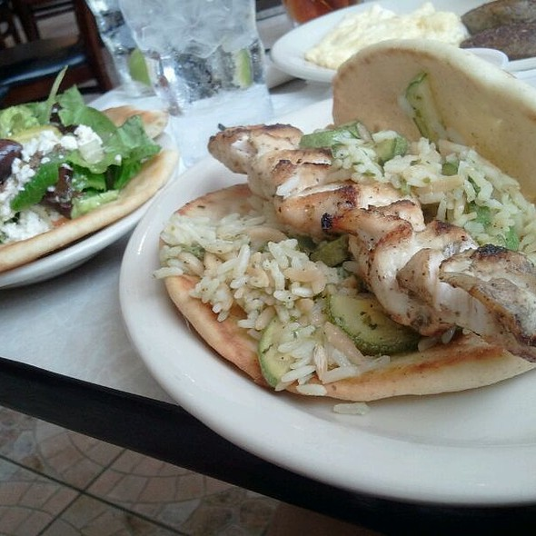 Chicken Souvlaki Pita With Greek Salad