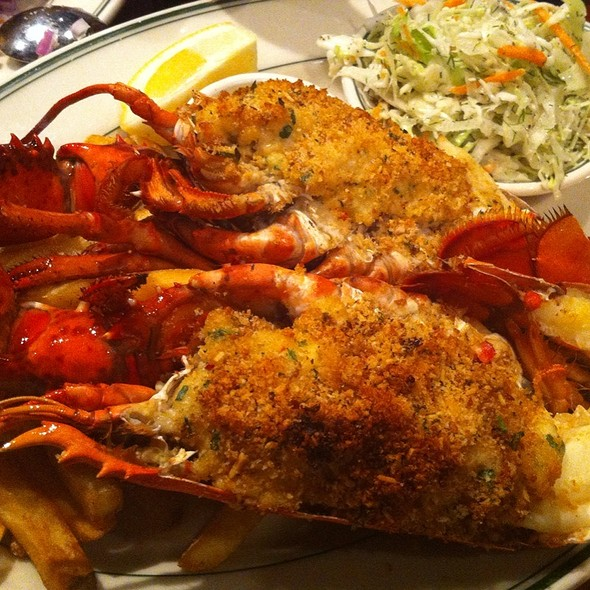 Lobster - Portland Seafood Co. - Mall 205, Portland, OR