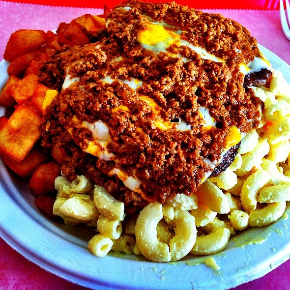 Cheeseburger Plate @ Empire Hots