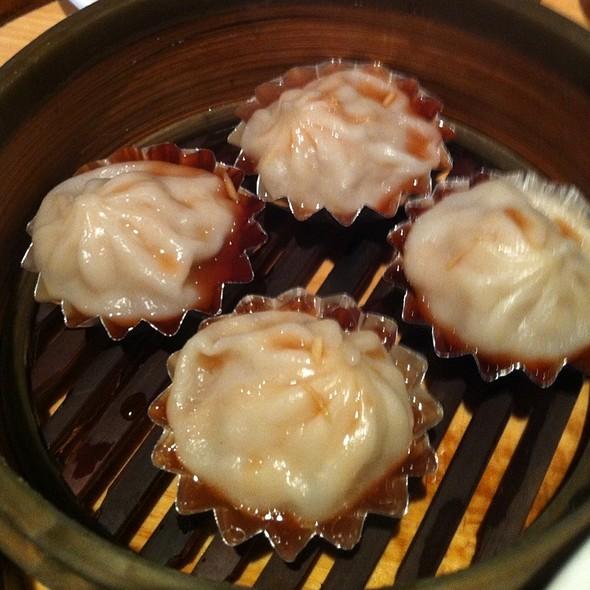 Shanghai Dumplings @ Koi Garden