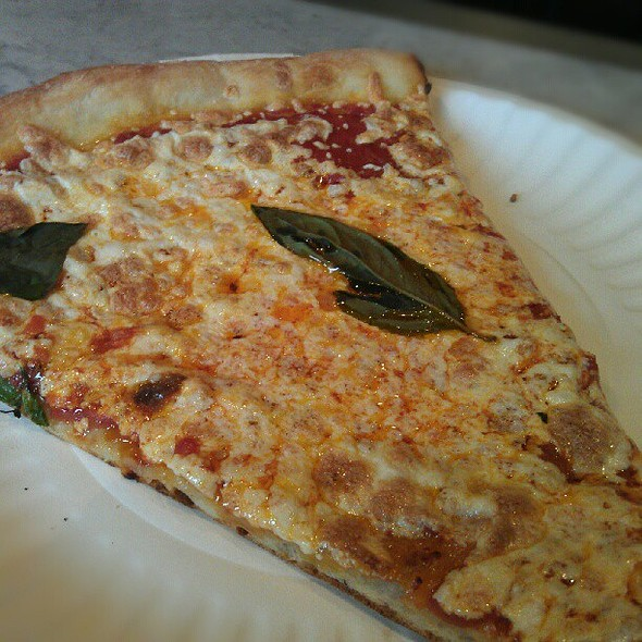 cheese pizza @ Gino's