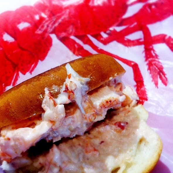 Lobster Roll (Sandwich) @ Rock Lobster