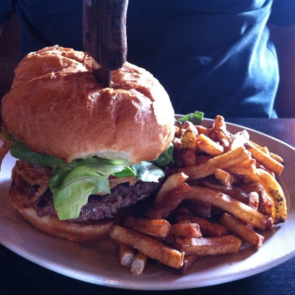 The Tap House Burger - Valley Tap House, Apple Valley, MN
