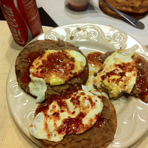 Huevos Rancheros, Sofia Style @ Jorge, Jamie, Jacob, and Jaxons House