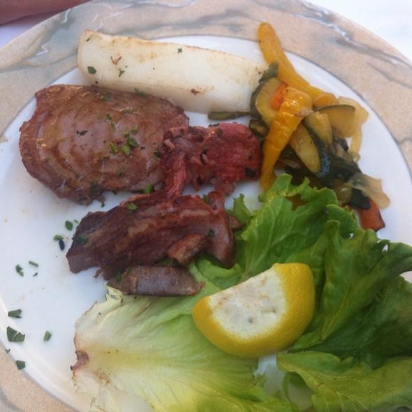 Tuna Steak @ Adriatico
