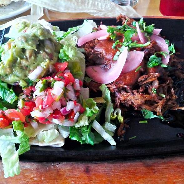 10hr Smoked Brisket Taco Platter