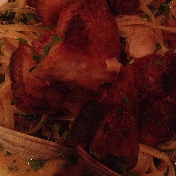 Linguini and Clams @ The River Seafood & Oyster Bar