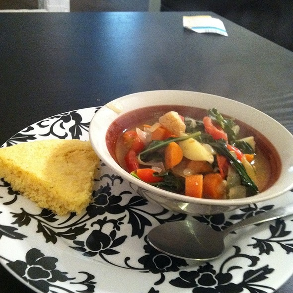 Veggie Soup @ Home