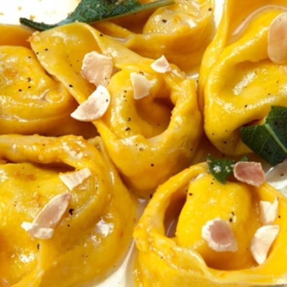Pasta @ Ristorante Carracci