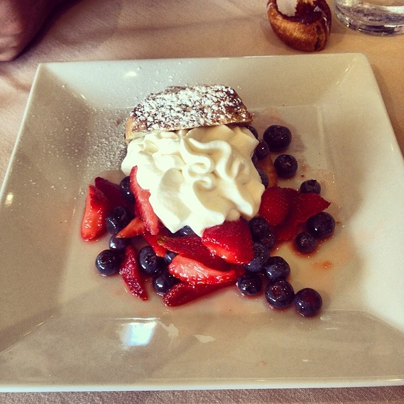 strawberry shortcake - Half Moon, Dobbs Ferry, NY
