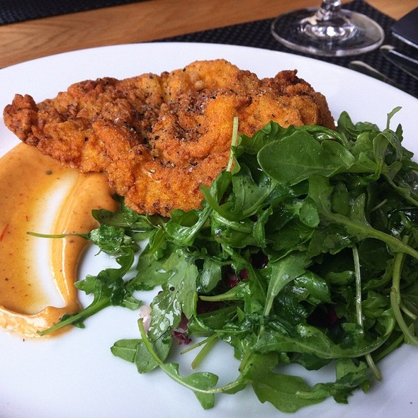 buttermilk fried chicken - Benchmark, Niagara-on-the-Lake, ON
