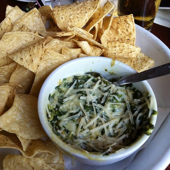 Spinach And Artichoke Dip @ Bar Louie