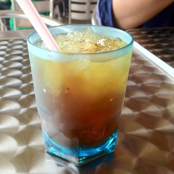 Teh O Ais @ Sari Chicken Rice Shop