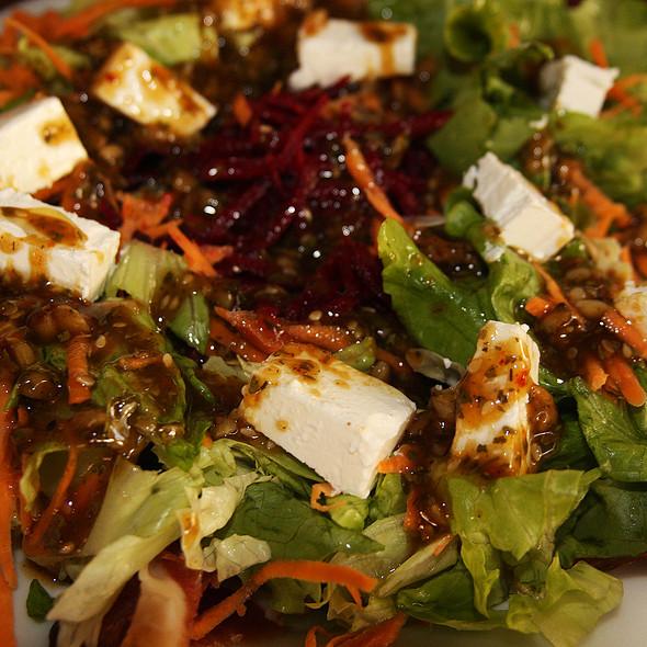 Mediterranean Salad @ Metro