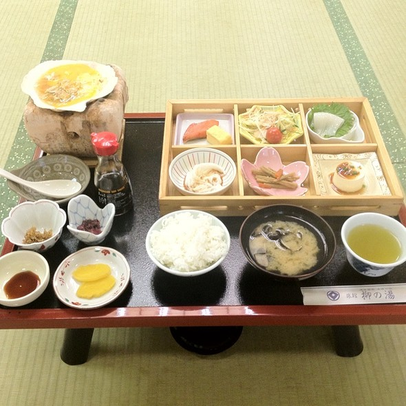 7月12日朝食 @ 津軽藩本陣の宿柳の湯