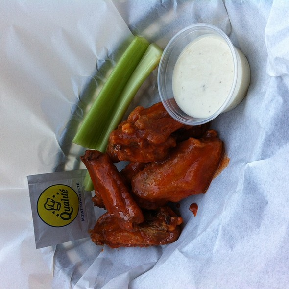 50 Cent Wings @ Casting Office Bar & Grill