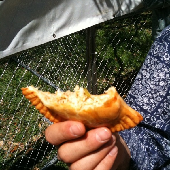 Green Chile Chicken Empanada @ Mmmpanadas