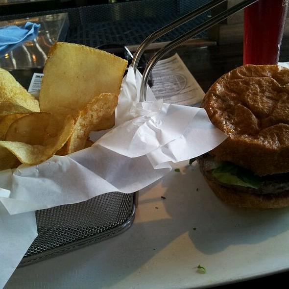 The Neighborhood Burger @ Neighborhood