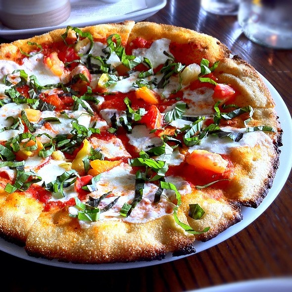 Pomodoro Pizza @ Second Bar + Kitchen