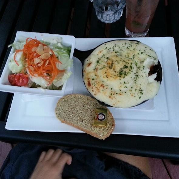 Shepherd's Pie - Wilde Rover Irish Pub & Restaurant, Kirkland, WA