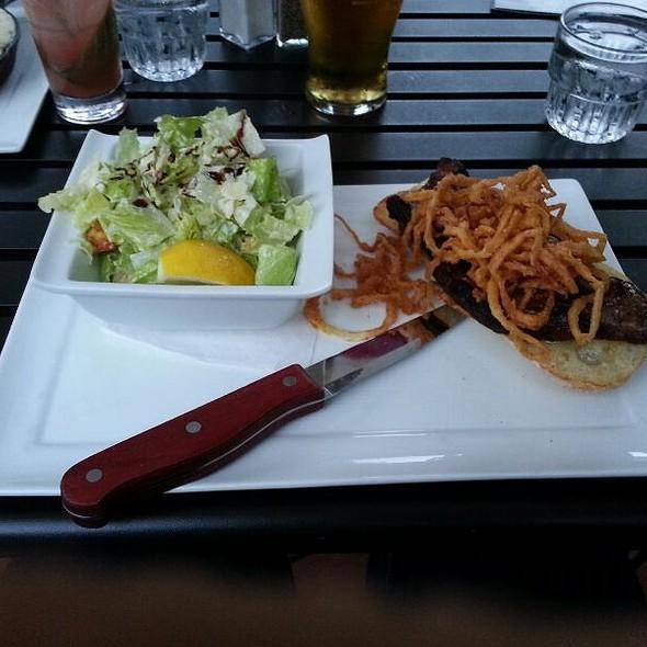 Grilled Steak Sandwich - Wilde Rover Irish Pub & Restaurant, Kirkland, WA
