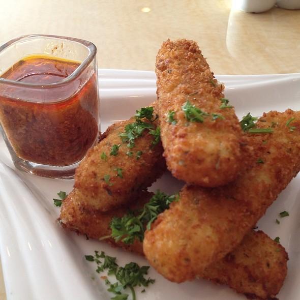 Fried Mozzarella Sticks @ Red Garlic