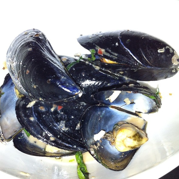 Steamed Mussels @ Indochine