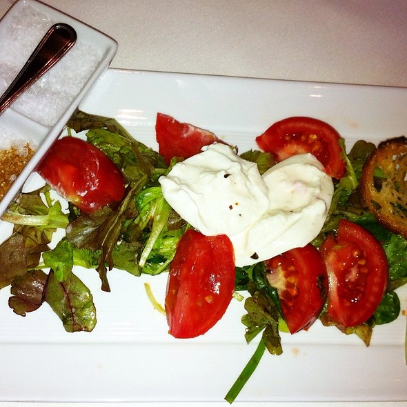 Burrata And Tomato Salad With A Trio Of Salts - Max Downtown, Hartford, CT