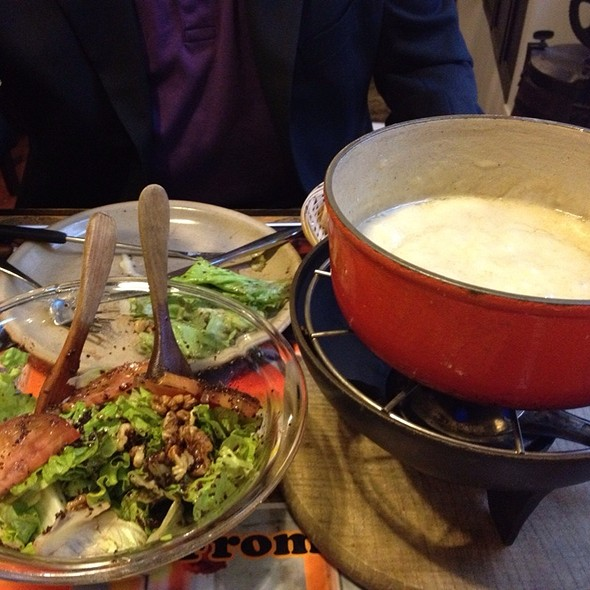 Fondue @ pain - vin -fromage