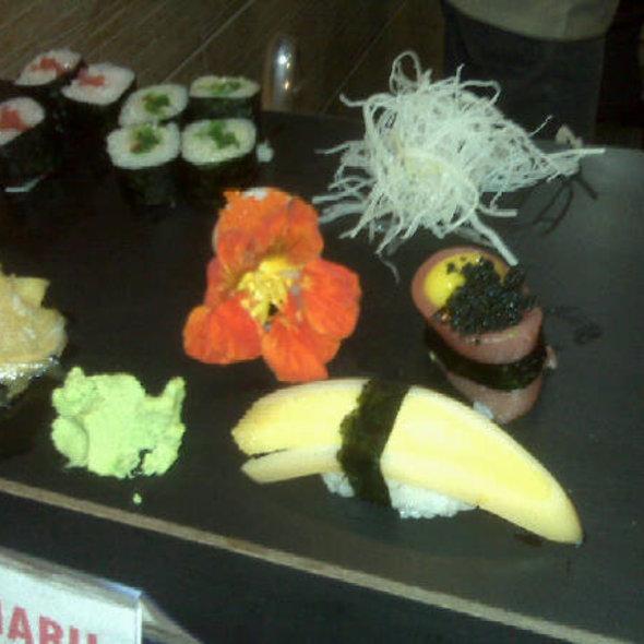 Sushi @ Tanuki