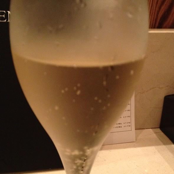 スパークリングワイン @ Omotenashi BAR at Isetan