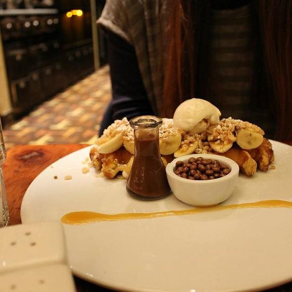 Banana Split Waffles @ Max Brenner