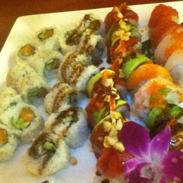 Hawaii Volcano Roll, Rainbow Roll, Salmon Roll And Eel Roll - Sushi Shiono, Kailua-Kona, HI