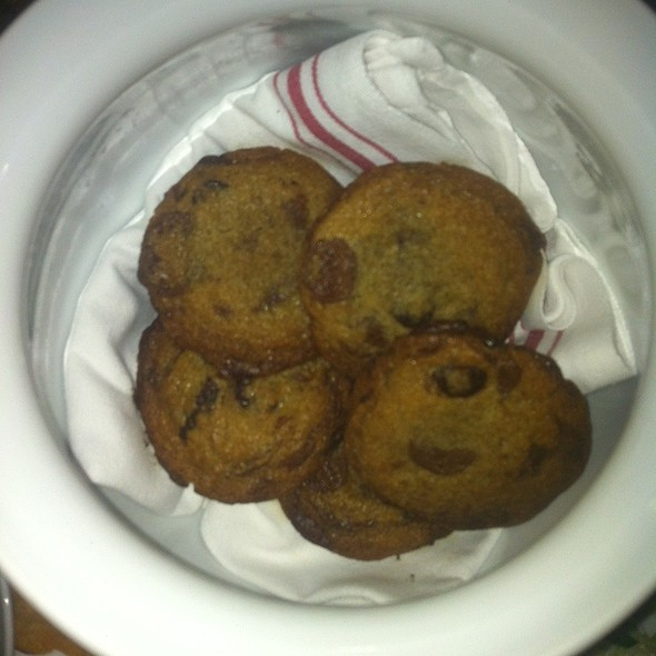 Chocolate Chip Cookies @ Social Kitchen & Bar