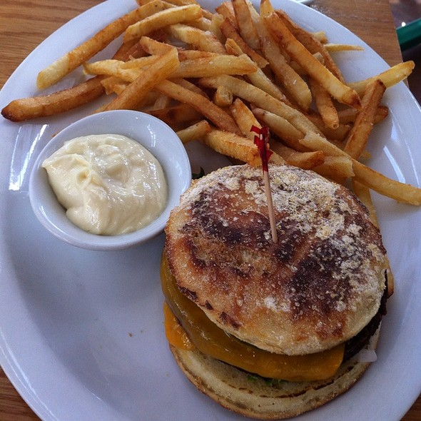 Veggie Burger @ Graze