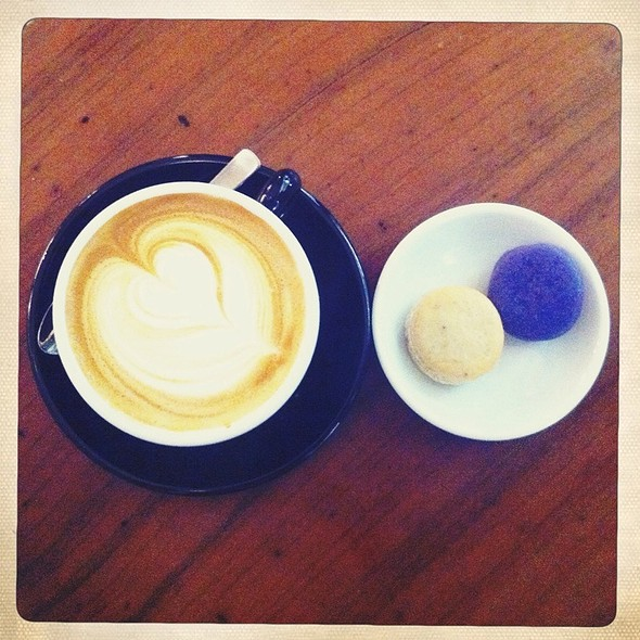 Latte & Macaroons